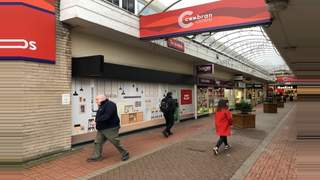 Primary Photo of 9 The Arcade, Cwmbran NP44 1PQ