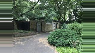 Primary Photo of Archbishop's Park Former Public Convenience, South Bank, London, Greater London, SE1 7LG