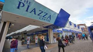 Primary Photo of Unit 35, The Piazza Shopping Centre, Huddersfield, HD1 2RS