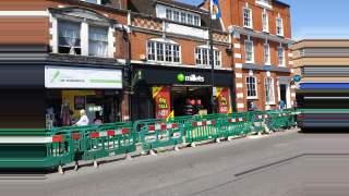 Primary Photo of High Street, Barnet, EN5 5UR