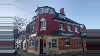 Primary Photo of The Queen Victoria, 48 Market Place, Henley on Thames, Berkshire, RG9 2AG